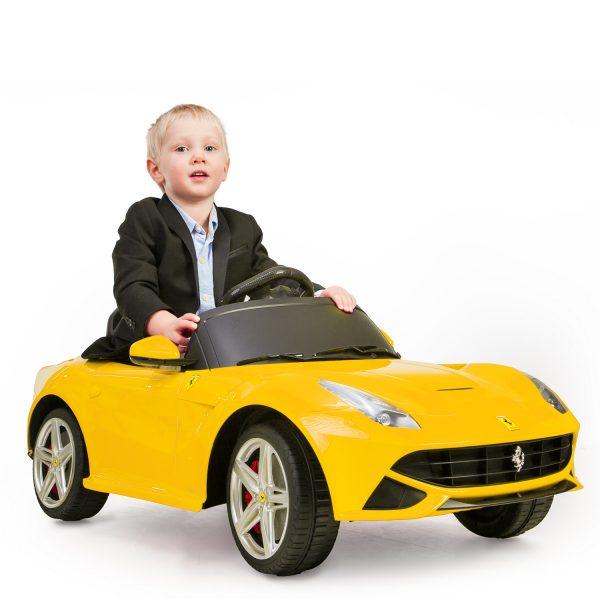 Kinderauto Ferrari F12